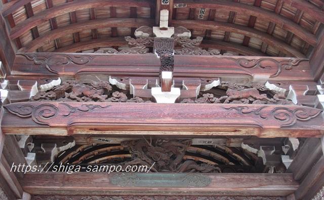 西教寺 唐門の麒麟の像