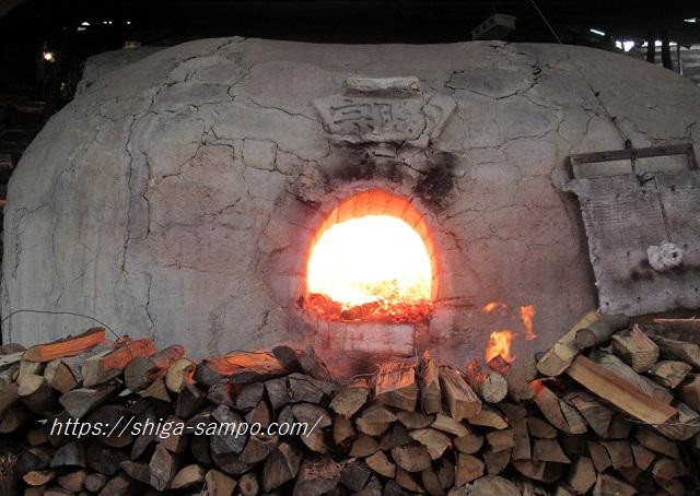 のぼり窯の窯焚き