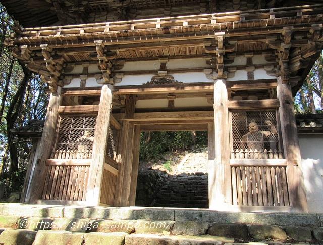 摠見寺の仁王門