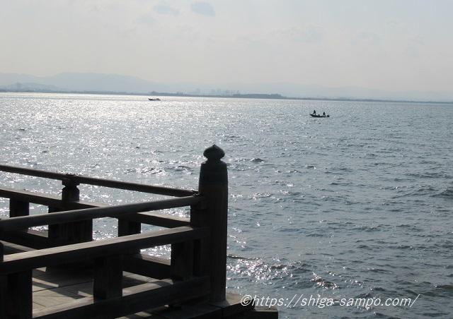 浮御堂と琵琶湖
